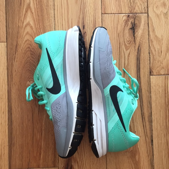 Nike Shoes | Womens Pegasus Mint Tennis